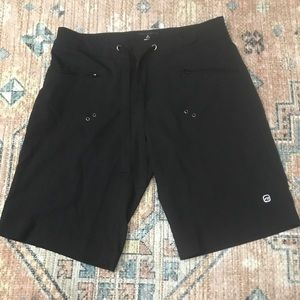 Free Country Black Long Hiking Shorts Stretch M